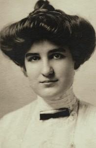 Elisabeth Mannering Congdon, Dana Hall, 1912